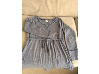 Maternity clothes (size 10-14)