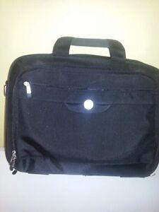 laptop bag St. John's Newfoundland image 2