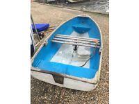 Yacht tender dinghy