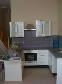 2 Bedroom Top Floor Modern Duplex Flat