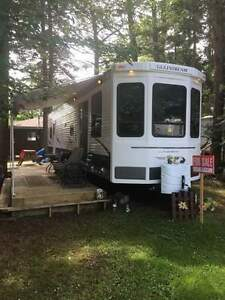 40 ft Gulfstream park model trailer for sale