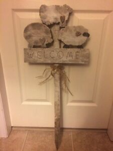 Wooden Welcome Sign