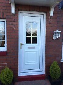 DOOR AND WINDOW FITTER / LABOURER *WANTED*