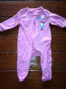 Vêtements filles nouveau née West Island Greater Montréal image 7
