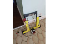 Cycling indoor turbo trainer with magnetic resistance