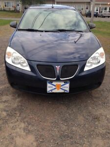 2008 Pontiac G6 Sedan - Low KMs, great condition