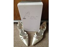 Bridal shoes size 5
