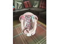 Pink baby musical vibrating bouncer