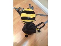 Little Life Bee backpack walking reigns