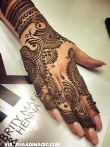Aruna henna tattoos