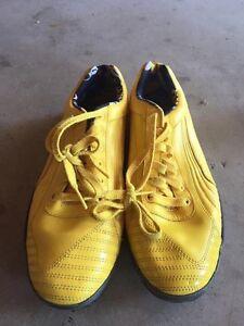 """Men's yellow puma """"Ducati"""" sneakers"""