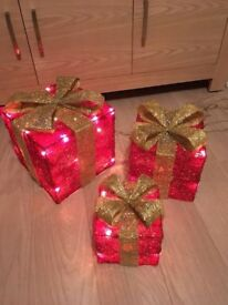 🎄Christmas gift boxes with lights in 🎁🎅🏻