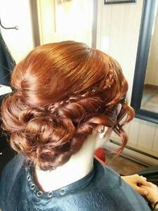 Travelling Hairstylist for bridal parties! London Ontario image 9