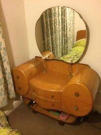 Reduced Majority company Art Deco bedroom set