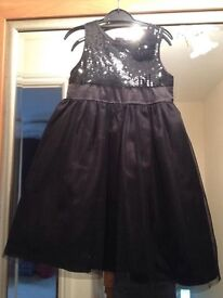 Lovely black party dress age 5