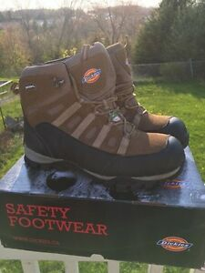 Size 13 Dickies work boots. Worn half a day!