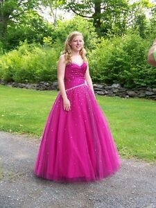Beautiful fuchsia prom dress