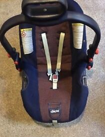 Chicco navy blue & checked orange pattern infant car seat 0-13 kg / 0 -18 months
