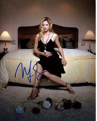 Mira Sorvino Signed Autographed Photo