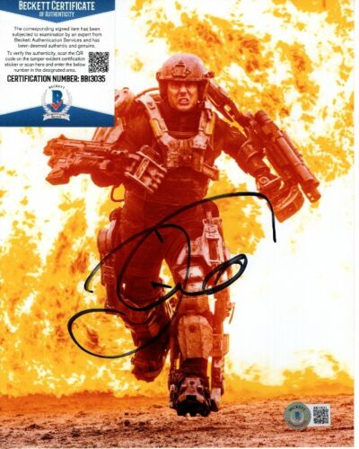 TOM CRUISE signed 8x10 EDGE OF TOMORROW CAGE photo Beckett BAS
