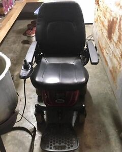 Axis shoprider red power chair