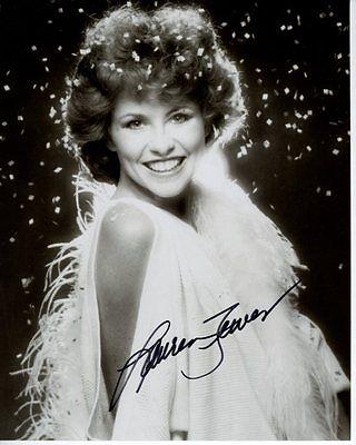 LAUREN TEWES Signed Autographed THE LOVE BOAT JULIE MCCOY Photo
