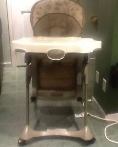 Even flo multi position collapsible high chair great condition