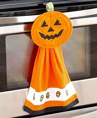Mitte Halloween 2 (2-Piece Halloween Jack O' Lantern Kitchen Set | Dish Towel | Hot Mitt | Pumpkin)