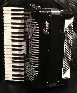 Rivoli Piano Accordion