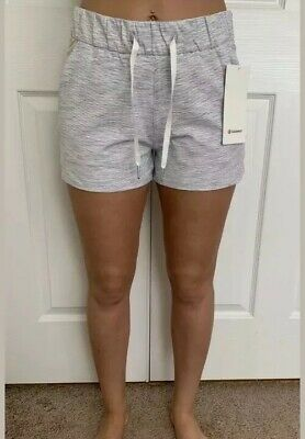 """Lululemon Size 4 On The Fly Short 2.5"""" Wee Stripe Gray WSNB Speed Tracker Pace"""