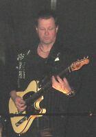 musicien guitariste chanteur ou en duo avec chanteuse