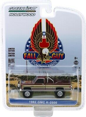 PRE-ORDER Greenlight 82 GMC K2500 Stuntman Association Hollywood Series 44860-F -