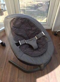 Nuna leaf rocking chair