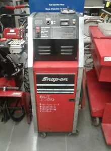 Snap On Refrigerant Recovery Recycling Center ---4033496---
