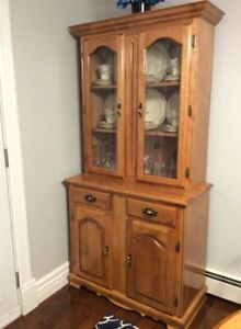 Kitchen Table, Chairs , Buffet & Hutch