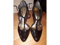 Black T Bar (Faith) Shoes size 5