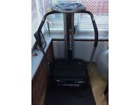 Vibration plate - confidence - with arm straps as new