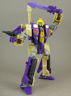 Transformers Generations Blitzwing Complete 30Th Anniversary Voyager Lot