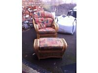 Conservatory 2 seater couch, 2 chairs footstool and table