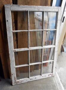 Fenêtre à 12 Carreaux Antique