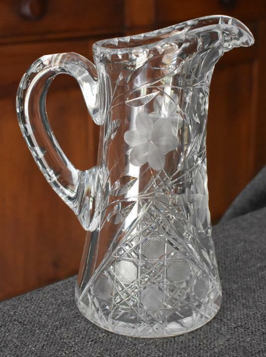 LOVELY VINTAGE WHEEL ETCHED CUT GLASS HANDLED PITCHER