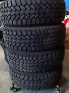 205/60R16 Goodyear Nordic 4 USED WINTER TIRES 80%TREAD LEFT
