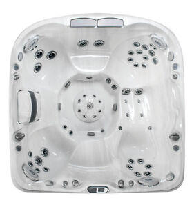 Jacuzzi Floor Model Clearance - Whitby - J480 Peterborough Peterborough Area image 1