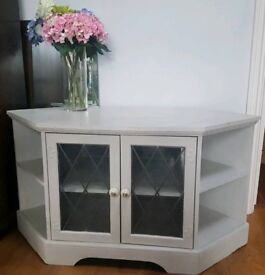 Shabby chique TV cabinet