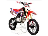 Cheap pit bikes for sale. 140cc large frame and wheels