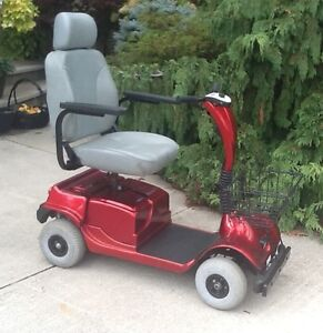 Fortress 4WHEEL MOBILITY SCOOTER