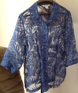 3 TOPS in great condition $5-$10 see all pics  ROYAL BLUE/WHITE