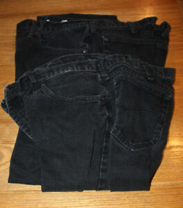 "Levi and Lee Jeans Black 4 pairs  40"" waist X 32"" Leg"