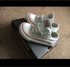 Converse all star children's size 6 trainers
