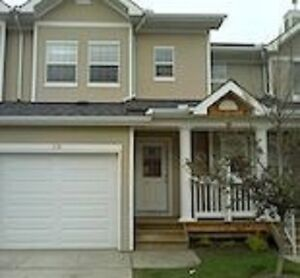 **PRICE REDUCED** Covenrty Hills Townhouse-3 bedroom